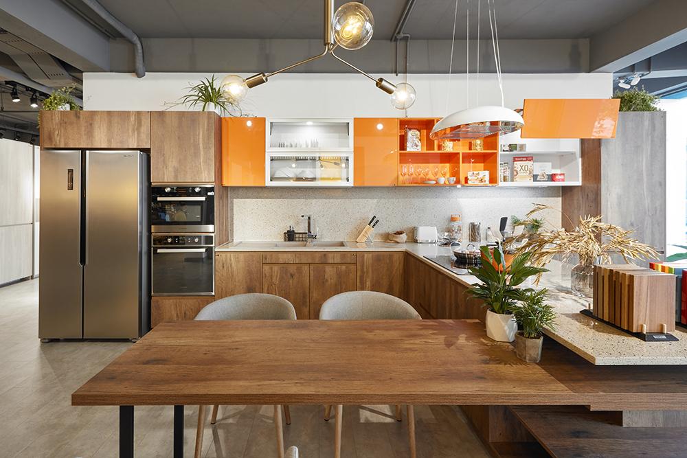 Tủ bếp laminate An Cường kiểu dáng chữ L