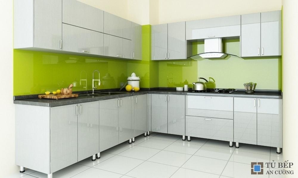 Tủ bếp gỗ Acrylic màu trắng kem chữ L Mẫu 067