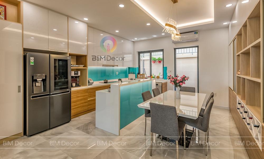 Hoàn thiện tủ bếp có bàn đảo nhà phố Senturia Quận 12