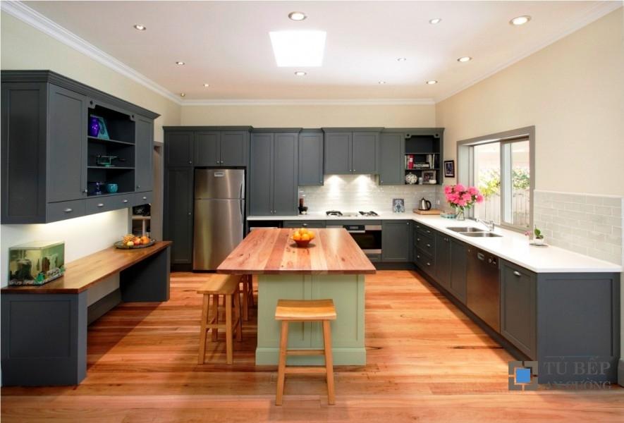 Tủ bếp gỗ công nghiệp phong cách cổ điển Mẫu 034