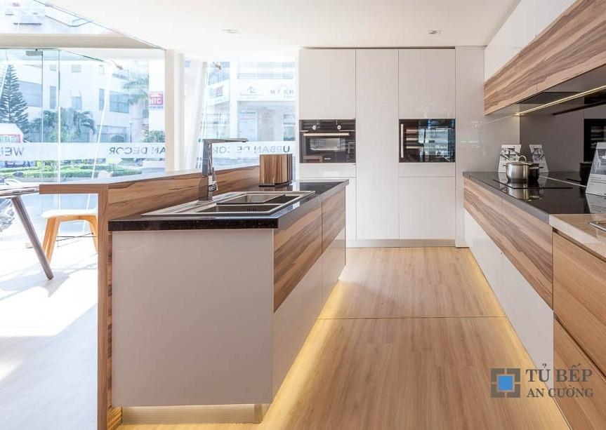 Tủ bếp gỗ An Cường biệt thự cao cấp Mẫu 012